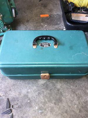Fishing box umco tackle box 203u for Sale in Kent, WA