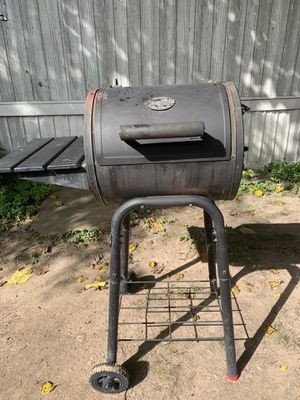 Charcoal Grill for Sale in Austin, TX