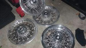 "85 regal hubcaps 14"" for Sale in Modesto, CA"