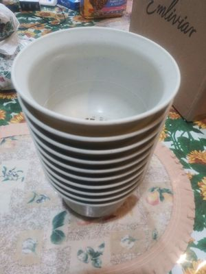"10 flower pot 5""×5"" for Sale in Santa Ana, CA"
