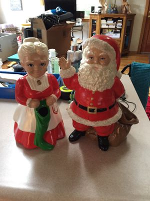 Santa Clause and Mrs. Santa 🎅 for Sale in Monroe, WA