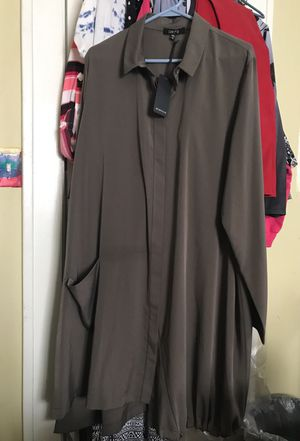 Comfy USA Tunic 2X with drawstring bottom for Sale in Cleveland, OH