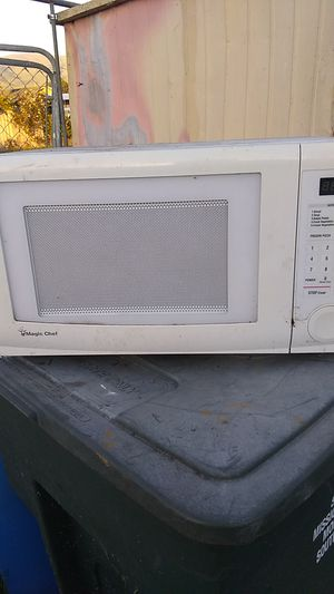 Magic chef microwave..minimal useage in our vacation home date code: Feb 2017 for Sale in Nipomo, CA