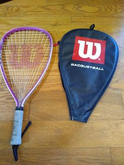 """Wilson Tennis Racket w 4 3/4"""" leather Grips and Cover Like New for Sale in Darnestown,  MD"""