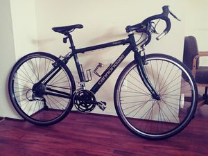 Cannondale CAAD 10 Road Bike - 2015, 52cm for Sale in Glenarden, MD