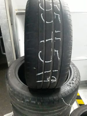 255/45 19 set of 4 Michelin super pilot sport tires for Sale in Lincoln Park, MI