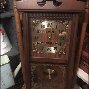 Vintage chiming centurion clock $120 pick up in Canyon country crossposted MQ for Sale in Newhall, CA