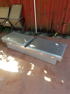 Full size truck tool box for Sale in Homestead, FL