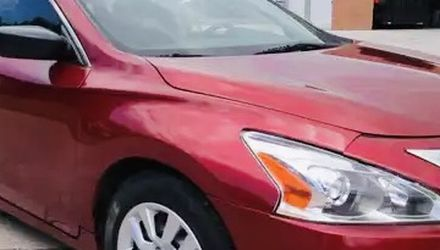 Lovely Nissan Altima 2015 for Sale in Peoria,  IL