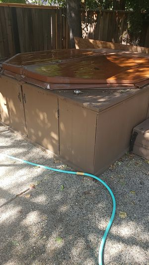 Spa jacuzzi hot tub for Sale in San Jose, CA