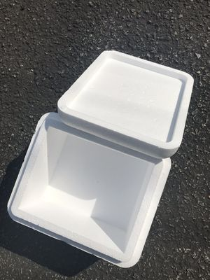 styrofoam cooler box for Sale in Claymont, DE