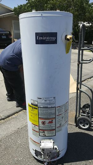 Water heater 40 gal gas for Sale in North Las Vegas, NV