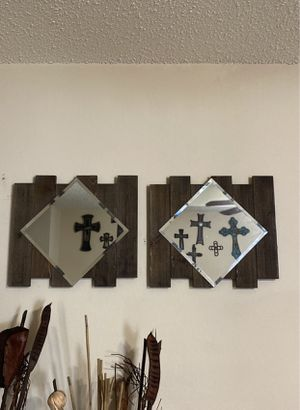 Wall mirror decor for Sale in Fort Worth, TX