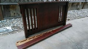 Full size bed complete with side rails headboard and footboard $40 for Sale in Fresno, CA
