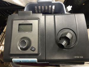 CPap REMStar plus C flex machine & humidifier system one CPap for Sale in Clearwater, FL