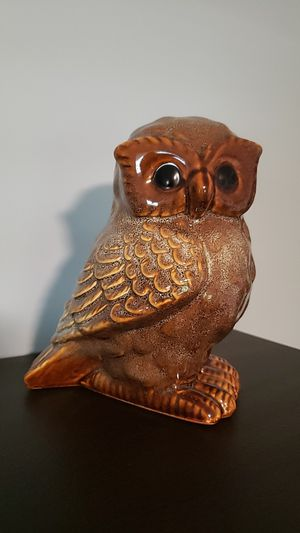 "Brown glazed 7"" owl decore for Sale in Callahan, FL"