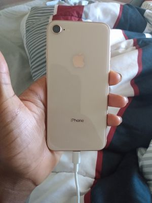Iphone 8 $160 On sprint service need gone tonight for Sale in Lakewood, CO