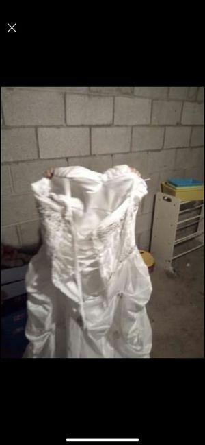 Wedding dress for Sale in Watertown, WI
