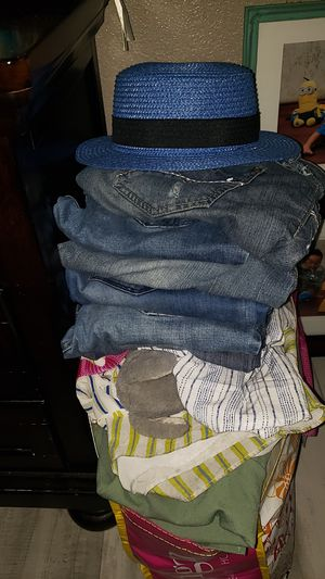 Women's Clothing ( Dresses, blouses, jeans, slacks, skirts) for Sale in Santa Fe Springs, CA