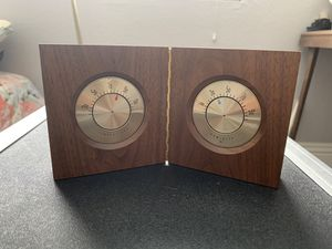 Solid wood desk Honeywell thermometer and humidifier for Sale in Paradise, NV