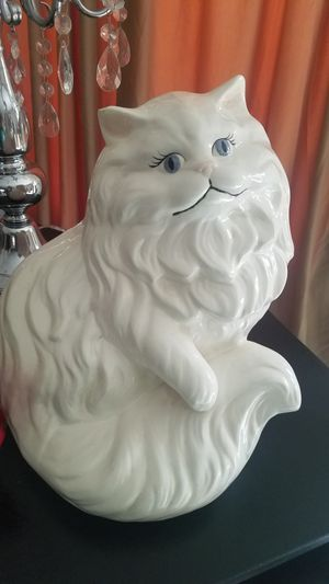 $15.00 - 1969 Ceramic Cat, Gorgeous - Handcrafted & Handpainted, Large! for Sale in Miami, FL