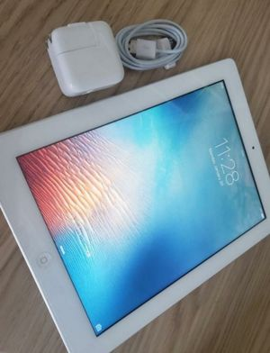 Apple iPad 2,16GB Wi-Fi Only Excellent Conditions for Sale in Springfield, VA