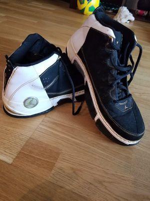 Jordan chris Paul shoes size 9 authentic for Sale in Falls Church, VA