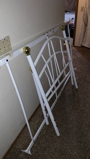TWIN SIZE BED FRAME for Sale in Monroe, WA