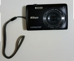 Nikon coolpix camera and accessories for Sale in Orlando, FL