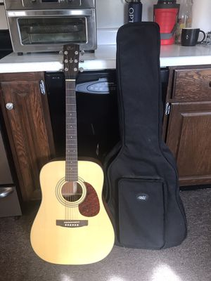 Cort full size 6 string w/ gig bag and strap for Sale in Woodbury, NJ