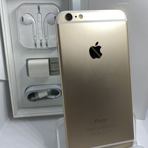 64gb Unlocked Gold iPhone 6 Plus With Accessories for Sale in Aurora, CO