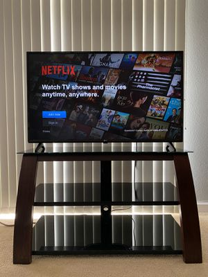 "LG 43"" 4K Smart TV with glass stand for Sale in Waipahu, HI"