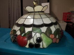 Tiffany style fruit light fixture for Sale in New Port Richey, FL