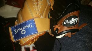 BaseBall / SoftBall Gloves for Sale in Fresno, CA