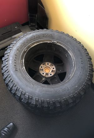5 Jeep wheels and good tires? for Sale in Baltimore, MD