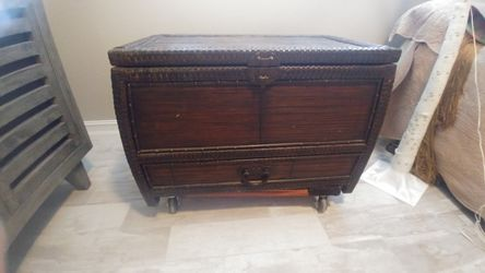Chest for Sale in Cape Coral,  FL