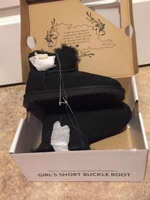 Girls ankle boot size 2 for Sale in Aurora, CO