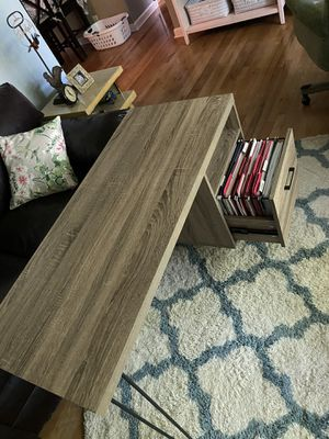 Desk with file cabinet for Sale in Westerville, OH