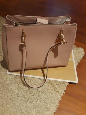 Mk bag.. for Sale in Woodbridge, VA