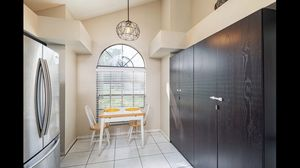 Kitchen breakfast table for Sale in Tampa, FL