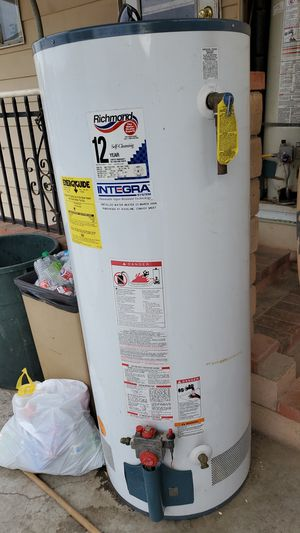 Gas Water Heater 50 Gal for Sale in Perris, CA