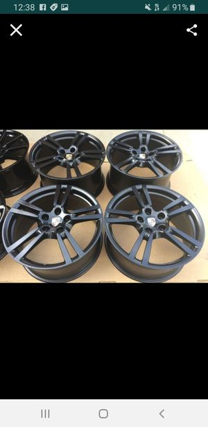"""22's 22 """" 22"""" 22s Porsche rims 5x130 5 x 130 black with two tires for Sale in Houston, TX"""