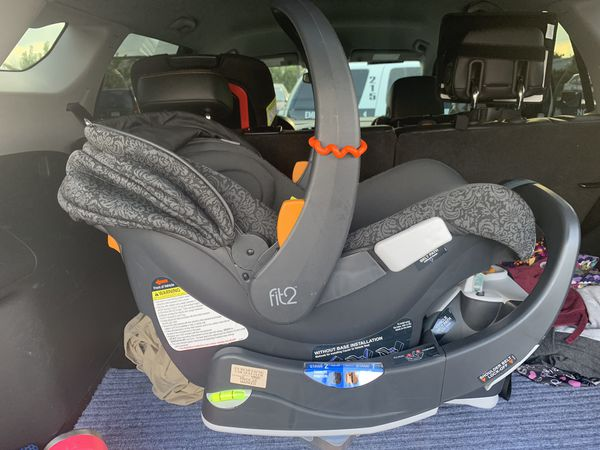 Chicco car seat, base, and skeleton stroller. Best offer