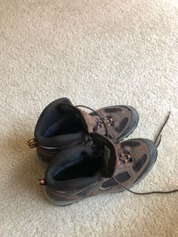 Vasque Hiking Boots for Sale in Manassas,  VA