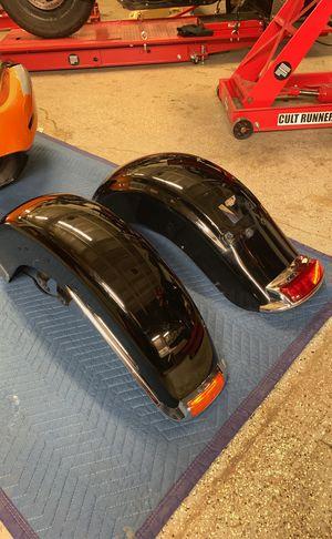 Rear Fender off 2014 Harley Davidson Road King Vivid Black for Sale in Chicago, IL