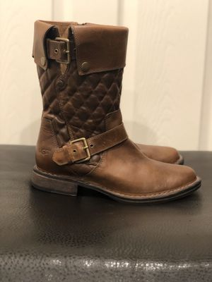 **New** UGG Conor Fawn Boots Women's Size 7 1/2 for Sale in Las Vegas, NV