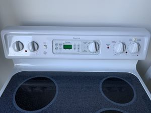 GE Electric stove for Sale in Hoschton, GA