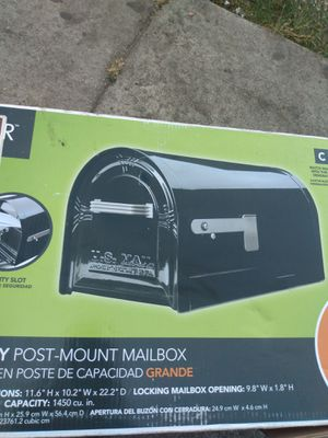 Heavy duty mail box xl $25.00 new with keys for Sale in Los Angeles, CA