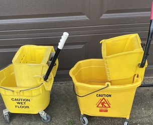 Commercial Mop Buckets Great Condition for Sale in Gresham,  OR