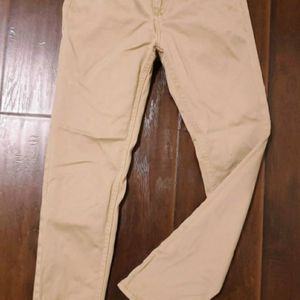 Girls pants siZe 7 for Sale in Monrovia, CA